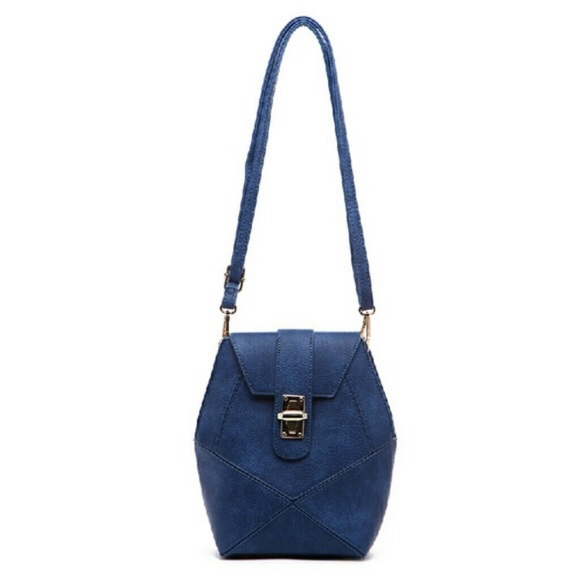 Pink Haley Frida front lock patch in blue